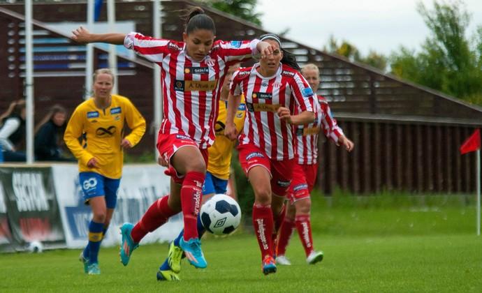 Débinha futebol feminino Noruega Avaldsnes (Foto: Ida Kristin Vollum/ Avaldsnes Viking Queens)