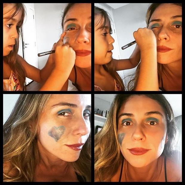 Filha faz 'make' de Giovanna Antonelli (Foto: Reprodução/Instagram)