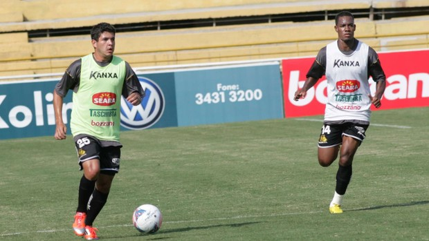 lateral, Diego Renan, Lins, Criciúma (Foto: Fernando Ribeiro / Criciúma EC)