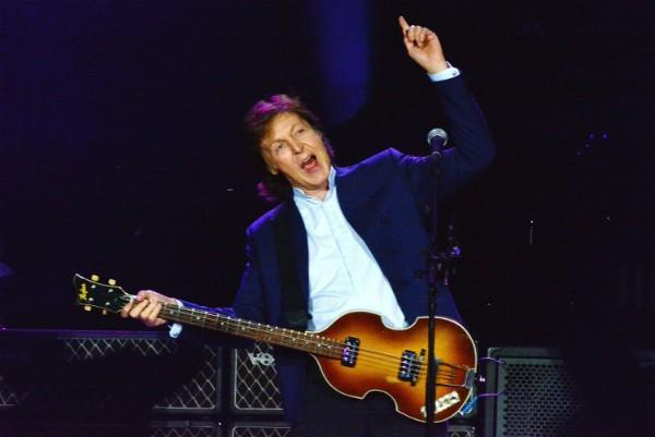 Paul McCartney foi preso em solo estrangeiro nos anos 80 (Foto: Getty Images)