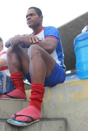 Fabiano, atacante do Piauí (Foto: Emanuele Madeira/GloboEsporte.com)