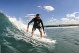 Reencontros e boa resenha: circuito master de surfe movimenta Fortaleza