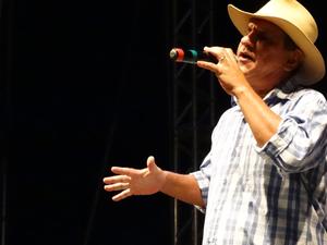 Petrúcio Amorim recordou o primeiro LP, do qual Dominguinhos participou. (Foto: Jael Soares/ G1)