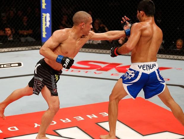 UFC Jussier Formiga e Chris Cariaso (Foto: Agência Getty Images)