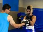 Madrinha de bateria da Tatuapé Nágila Coelho se prepara com boxe