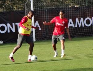 Juan treino Inter (Foto: Tomás Hammes / GLOBOESPORTE.COM)