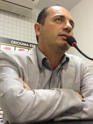 Cícero Souza gerente futebol Criciúma (Foto: João Lucas Cardoso)