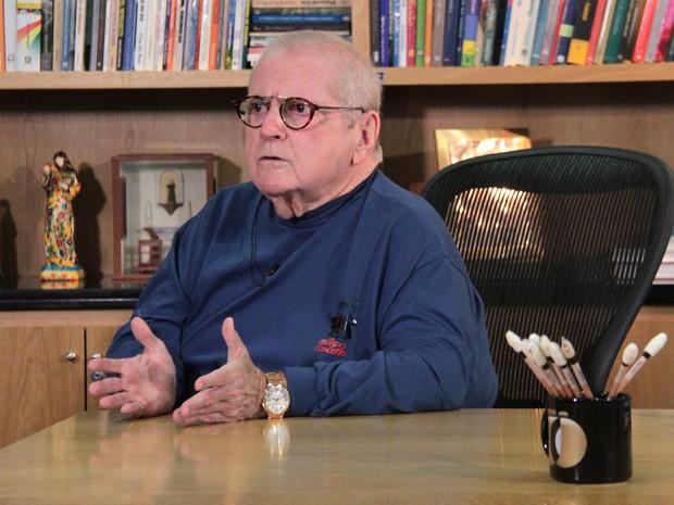 Jô Soares comenta sobre sua doença, carreira e humor (Foto: TV Globo/Altas Horas)