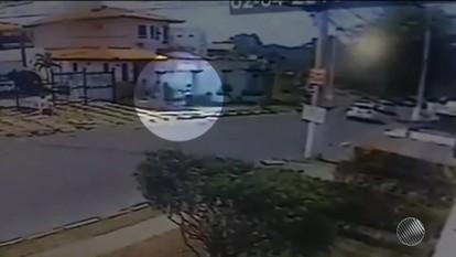 Imagens de câmeras de segurança mostram tiros contra delegado morto em Lauro de Freitas