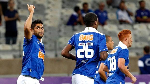 Luan cruzeiro gol coritiba brasileirão (Foto: Washington Alves / Vipcomm)