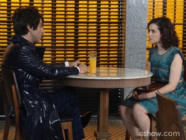 Lara marca encontro e fala sobre o sobrinho do coreano (Foto: Geração Brasil/TV Globo)