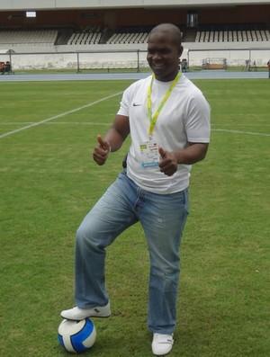 """Representante da Nigéria, Liameed Gafar se sentiu """"em casa"""" no estádio (Foto: Gustavo Pêna/GLOBOESPORTE.COM)"""