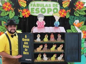 """Peça """"A Gansa dos Ovos de Ouro"""" (Foto: Carol Dias)"""