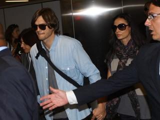 Ashton Kutcher e Demi Moore (arquivo) (Foto: Iwi Onodera/EGO)