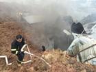 Deslizamento de terra cobre parque industrial e casas na China