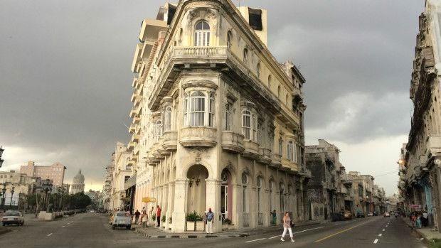 """Alguns cubanos reclamam de abertura """"muito lenta"""" da economia do país  (Foto: BBC)"""