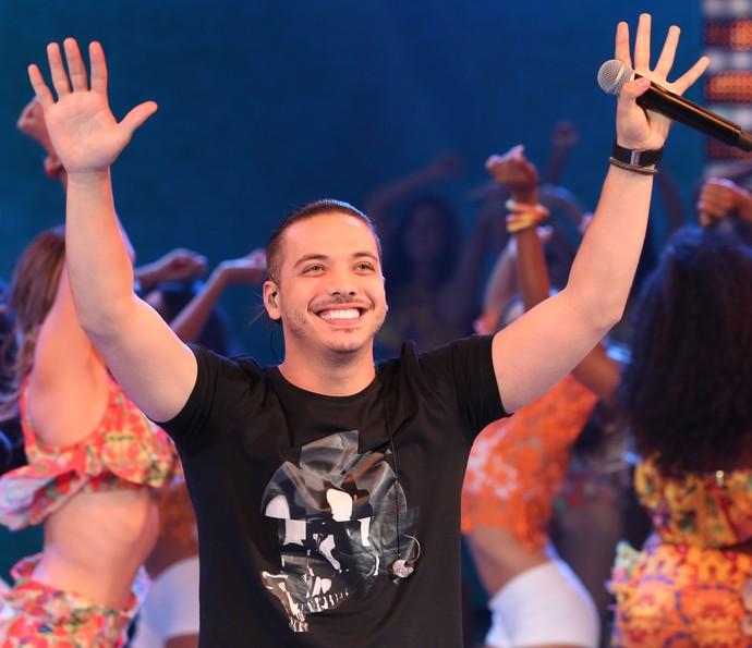 Wesley Safadão é ocacionado pela plateia (Foto: Carol Caminha/Gshow)