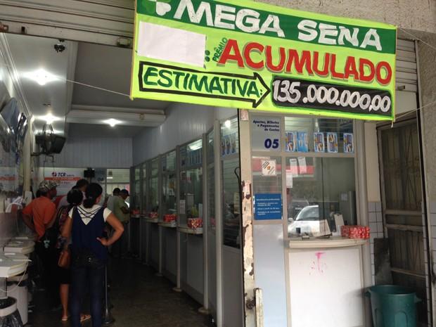 Fachada da lotérica União, em Brazlândia (Foto: Gabriel Luiz/G1)