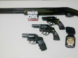 armas operação polícia uberlândia (Foto: Polícia Civil/Divulgação)