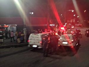 Viaturas patrulharam o Centro de Manaus após ocorrido  (Foto: Arquivo Pessoal)