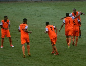 Atlético Mogi x Manthiqueira - Paulista Segunda Divisão (Foto: Milena Antunes)