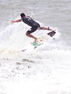 Categoria universitária é a novidade na final do 17º A Tribuna de Surf Colegial (Foto: Divulgação / Tri Esportes)