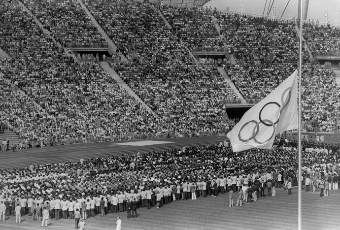 Funeral Ceremony In Munich Olympic Stadium 1972 (Foto: Getty )