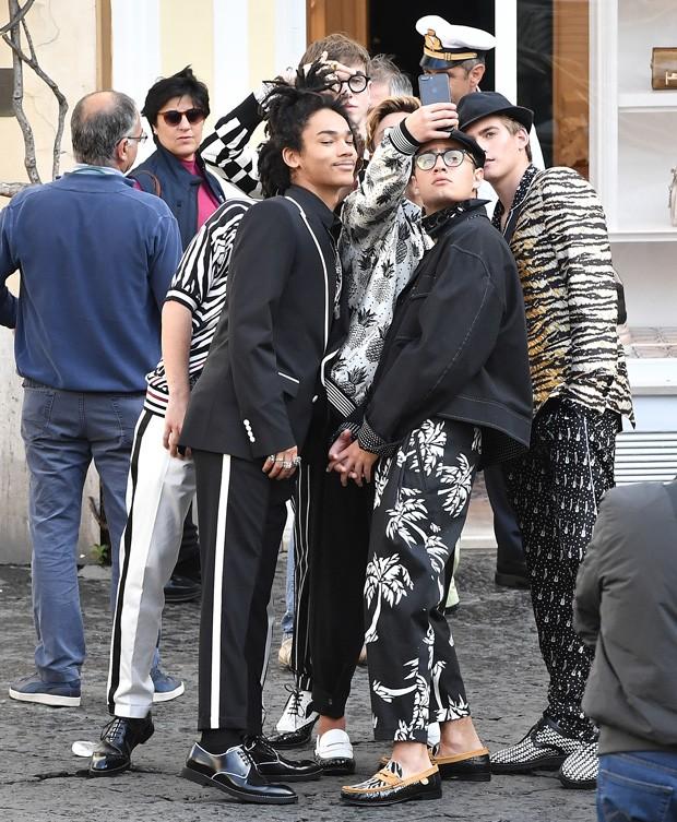 Making of da nova campanha da Dolce & Gabbana forrada de millenials (Foto: Divulgação)