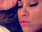 Mayra Cardi reclama de insônia, mas aparece maquiada em foto