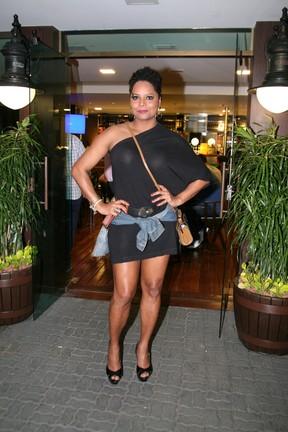 Adriana Bombom em inauguração de restaurante na Zona Oeste do Rio (Foto: Divulgação)