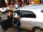 Policial sem farda saca arma durante protesto de estudantes em GO; vídeo