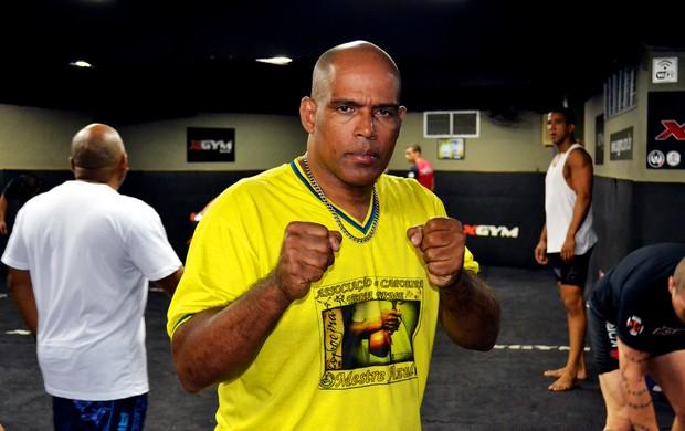 Mestre Hulk mma (Foto: Raphael Marinho)