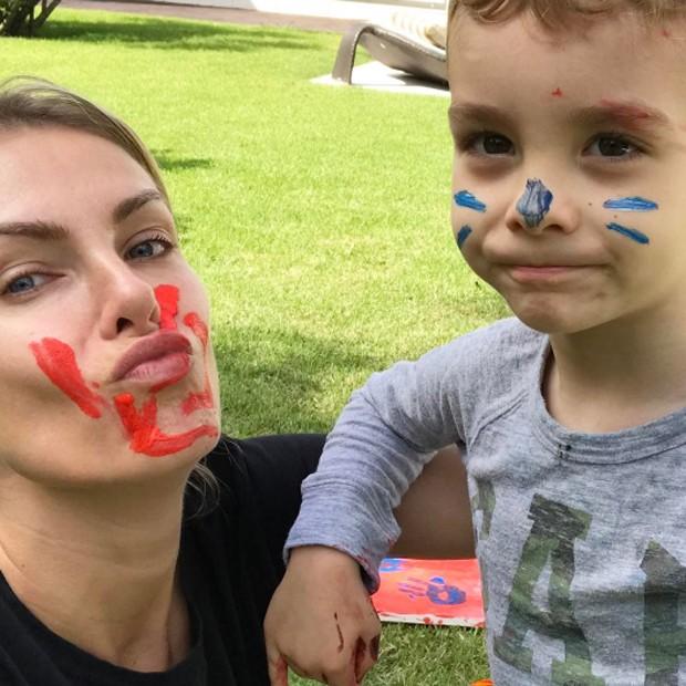 Ana Hickmann e o filho, Alexandre Jr. (Foto: Reprodução/Instagram)