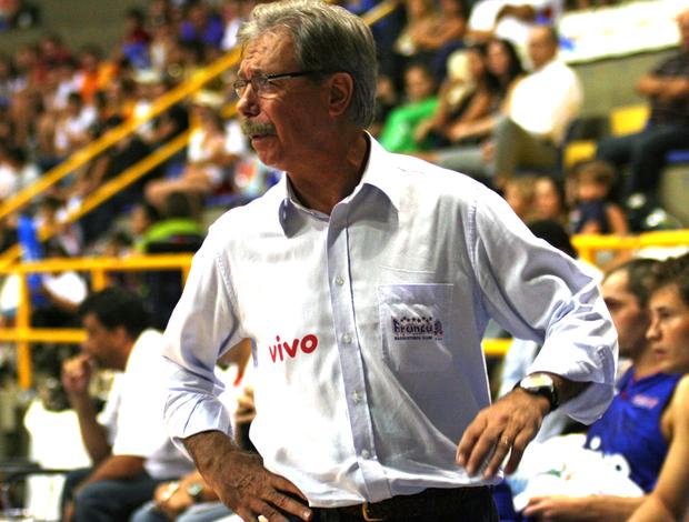 basquete hélio rubens (Foto: Divulgação CBB)