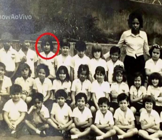 Foto de Orã com sua turma na primeira escola  (Foto: TV Globo)