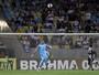 Martín Silva brilha em vitória do Vasco e leva enquete da defesa mais bonita