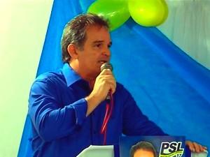 Advogado Araken Farias durante convenção do PSL (Foto: Reprodução/Inter TV Cabugi)