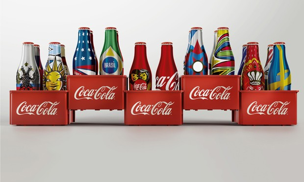 Garrafinhas de Coca-Cola: para colecionar neste ano de Copa (Foto: Divulgação)