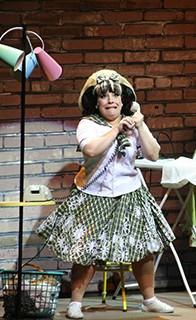 Simone como Tracy Turnblad de 'Hairspray'  (Foto: Reprodução)