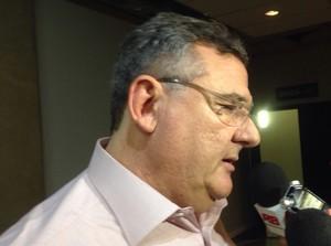 Mario Gobbi dá entrevista após derrota do Corinthians (Foto: Rodrigo Faber)