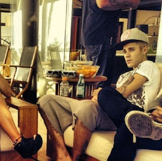 Justin Bieber em mansão que alugou durante sua estadia no Rio  (Foto: Instagram/ Reprodução)