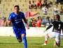 Everton comemora gol da virada sobre o Capivariano e a reabilitação do Burro