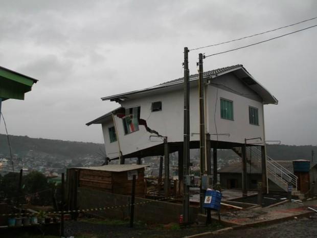 Ponte Serrada, temporais em sc (Foto: Portal Oeste Mais/Divulgação)