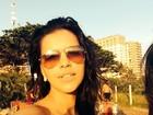 Mariana Rios curte dia de sol e posa de óculos escuros