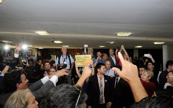 OAB protocola na Câmara pedido de impeachment contra presidente Dilma Rousseff (Foto: Luis Macedo / Câmara dos Deputados)