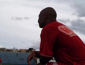 Atacante Wesley Brasília estreia no duelo com a URT (Foto: Paulo Borges/Globoesporte.com)
