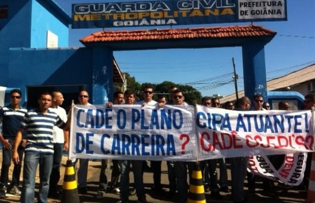 Guarda Civil Metropolitana entra em greve em Goiânia, Goiás (Foto: Fábio Castro/ TV Anhanguera)