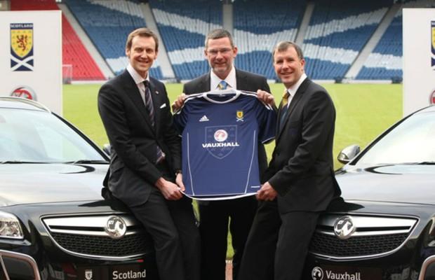 Vauxhall renova contrato com futebol escocês (Foto: Divulgação)