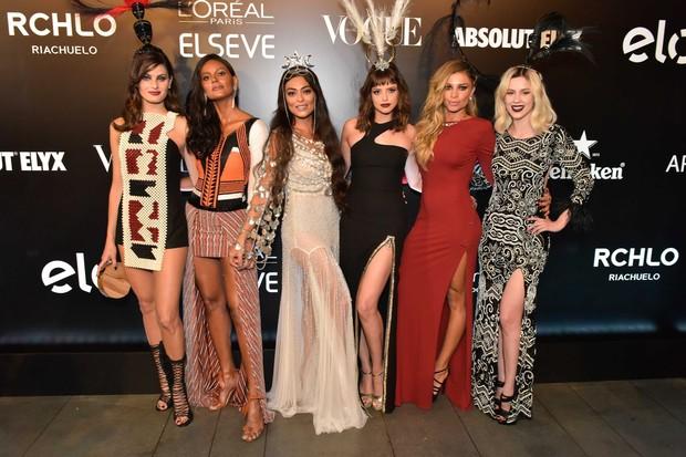 Grazi Massafera, Isabeli Fontana, Emanuela de Paula e Sophia Abrahão, além de Juliana Paes e Agatha Moreira (Foto: Cleiby Trevisan)