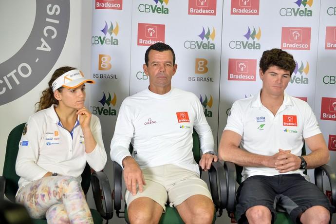 Martine Grael, Torben Grael e Marco Grael na apresentação da equipe brasileira de iatismo (Foto: André Durão)